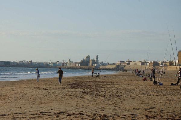 Playas de La Victoria y La Caleta – pesca deportiva surfcasting